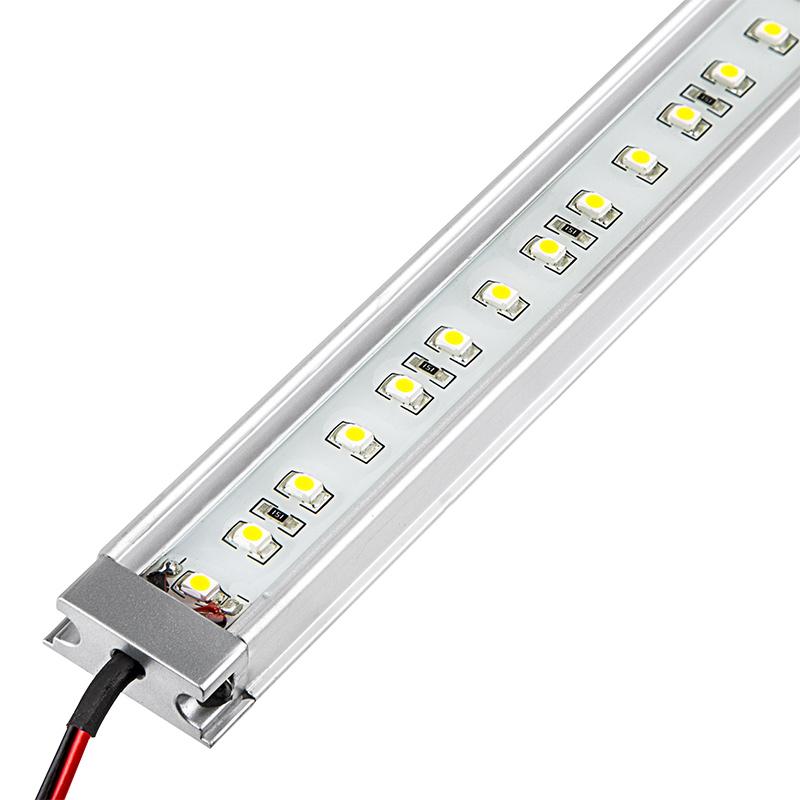 Waterproof Linear LED Light Bar Fixture - 390 Lumens [WLF